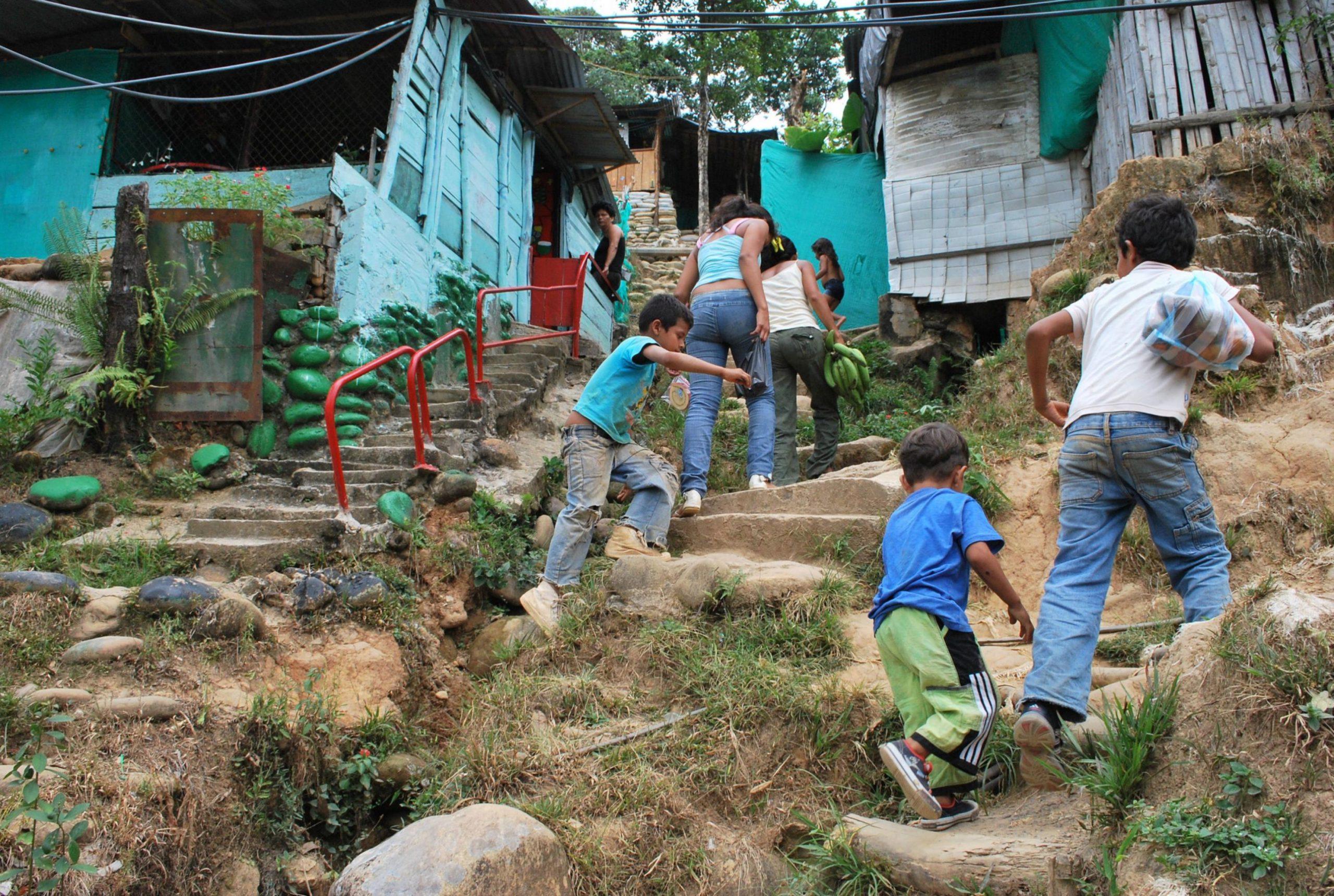 Caerán en pobreza extrema 47 millones de mujeres y niñas: ONU
